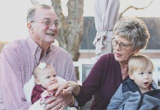 Papel de los abuelos en la familia, blog grupo retiro