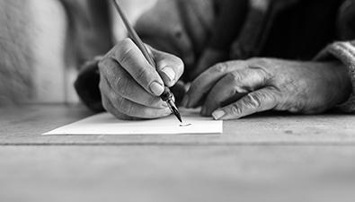 Beneficios de la caligrafía en adultos mayores, grupo retiro