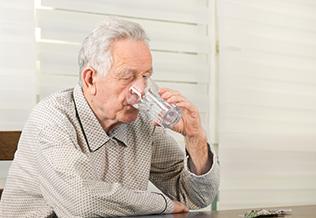 Deshidratación en personas mayores, blog grupo retiro