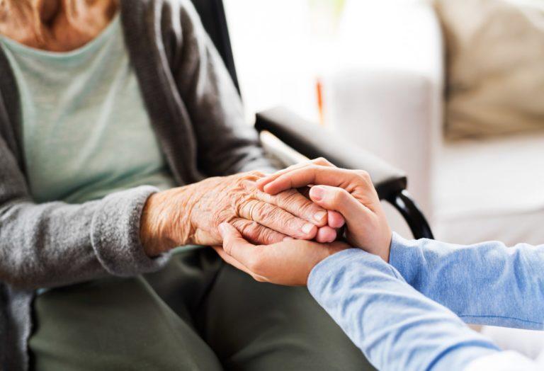 personas mayores, confinamiento, grupo retiro